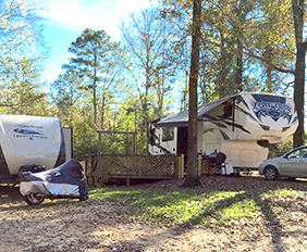 Louisiana state parks with rv hookups near
